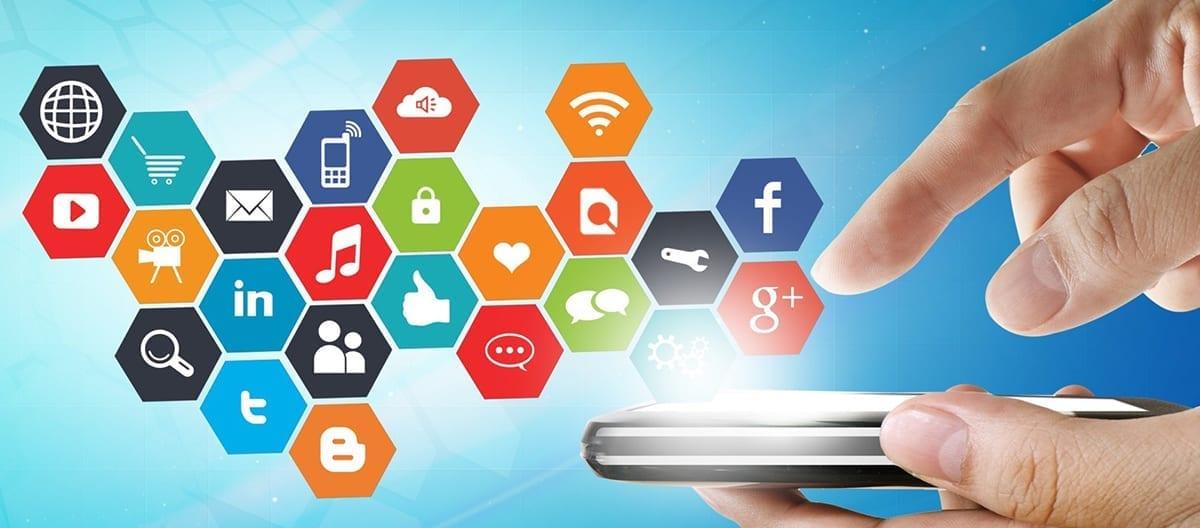 sosyal medya uzmani olmak icin