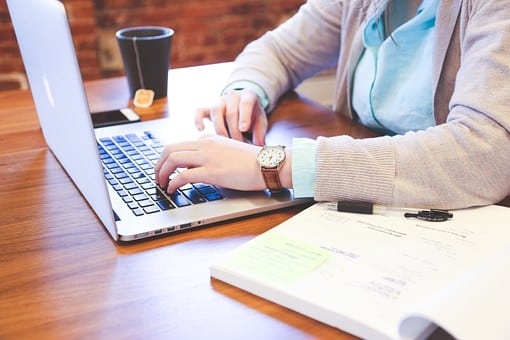 Canlı Sohbet ile Daha Fazla E-Ticaret Satışını Artırın